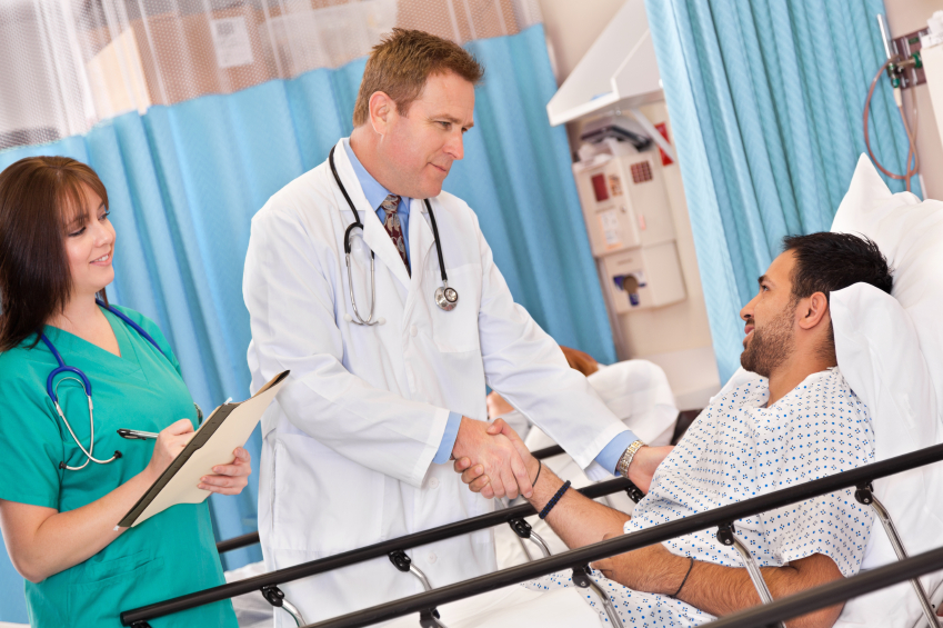 Physician introducing self to patient